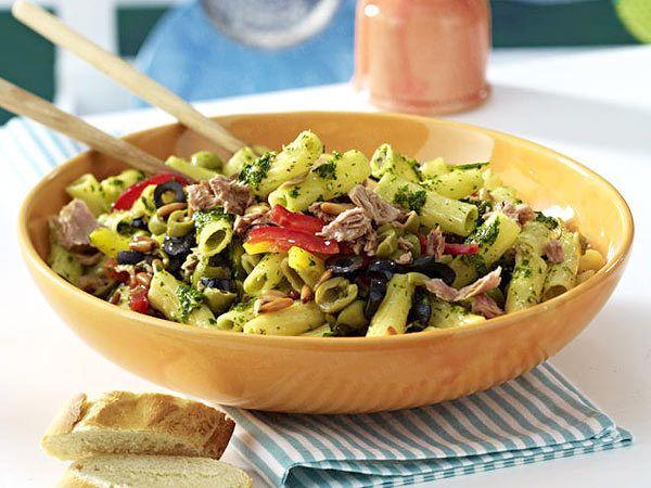 die besten 25 salate zum vorbereiten ideen auf pinterest partyrezepte zum vorbereiten. Black Bedroom Furniture Sets. Home Design Ideas