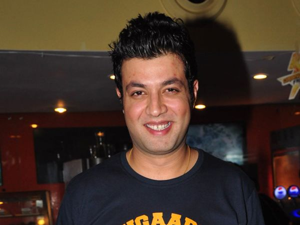 Varun Sharma makes everyone nostalgic on the sets of 'Fukrey 2'