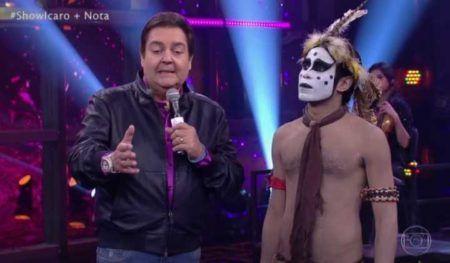 Faustão solta o verbo ao vivo e critica famoso programa da Globo