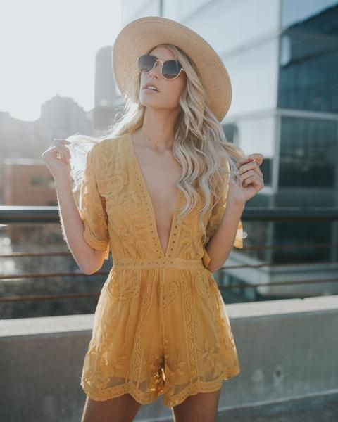 Our Hera Lace Romper is a spin-off our coveted Thora Maxi Romper! We loved this boho look and wanted to bring it back in a shorter length for spring! The lace body of this one piece is accented with c