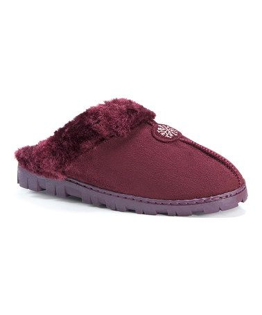 $9.99 marked down from $26! Burgundy Faux Fur Clog #burgundy #slippers #zulilyfinds