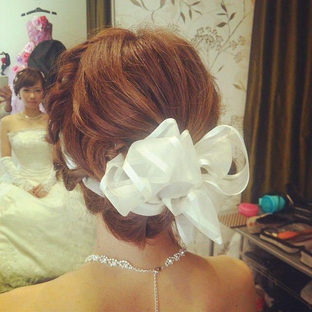 気さくでとてもかわいい新婦様でした♪  #ヘアアレンジ#ヘアスタイル #ヘア #リボン#ルーズ #結婚式#hair#hairarrange #bridal#編み込み#ribbon#wedding#ウェディングドレス #フォーシス#髪型