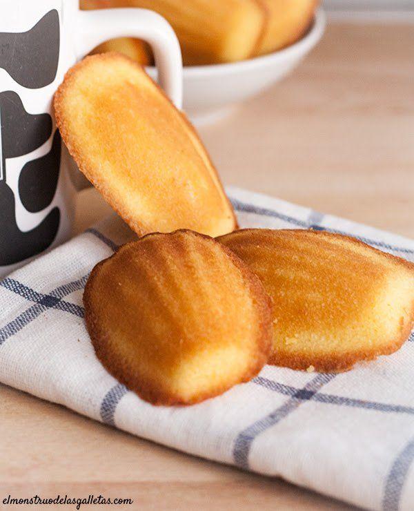 Cómo hacer madeleines. La receta clásica de las magdalenas francesas. Con fotos de la elaboración paso a paso en casa. Recetas de magdalenas.