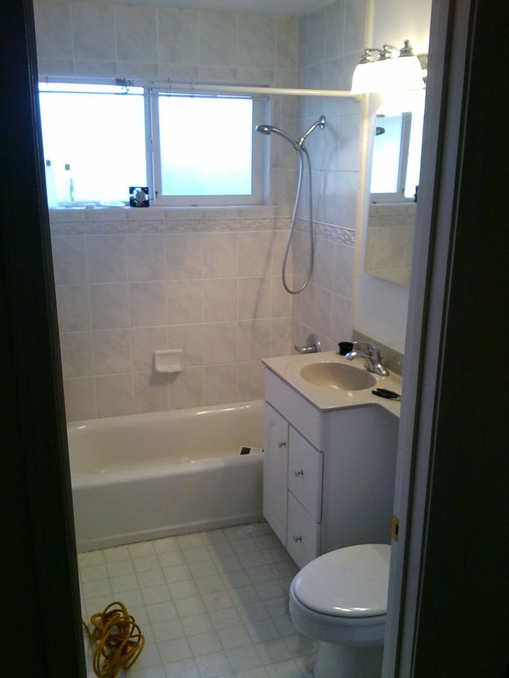 Remodeling Very Small Bathrooms | Bathroom Remodel Ideas For Small Bathrooms:  Elegant White Bathroom .