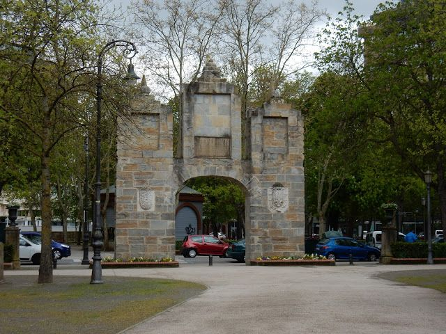 Portal de San Nicolás, Parque de la Taconera, Pamplona, Navarra, Elisa N, Blog de Viajes, Lifestyle, Travel