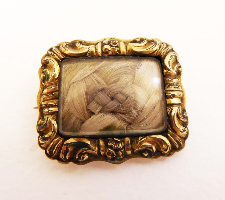 Antique 9ct gold mourning brooch