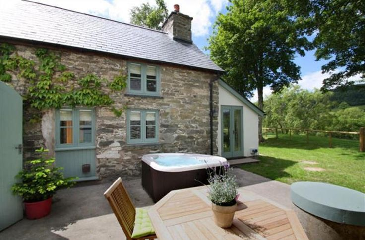 cottages with open fire | wales cottage holidays