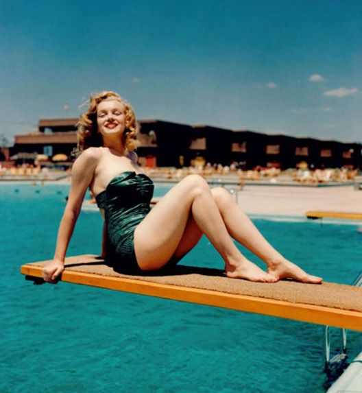 Mar: At The Beaches, Marilyn Monroe, Normajean, Style, Real Women, Vintage Bath Suits, Norma Jeans, Bath Beautiful, Beaches Club