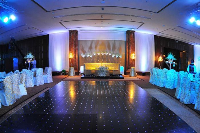 Decorating Ideas For Wedding Halls: 25+ Best Ideas About Marriage Hall Decoration On Pinterest