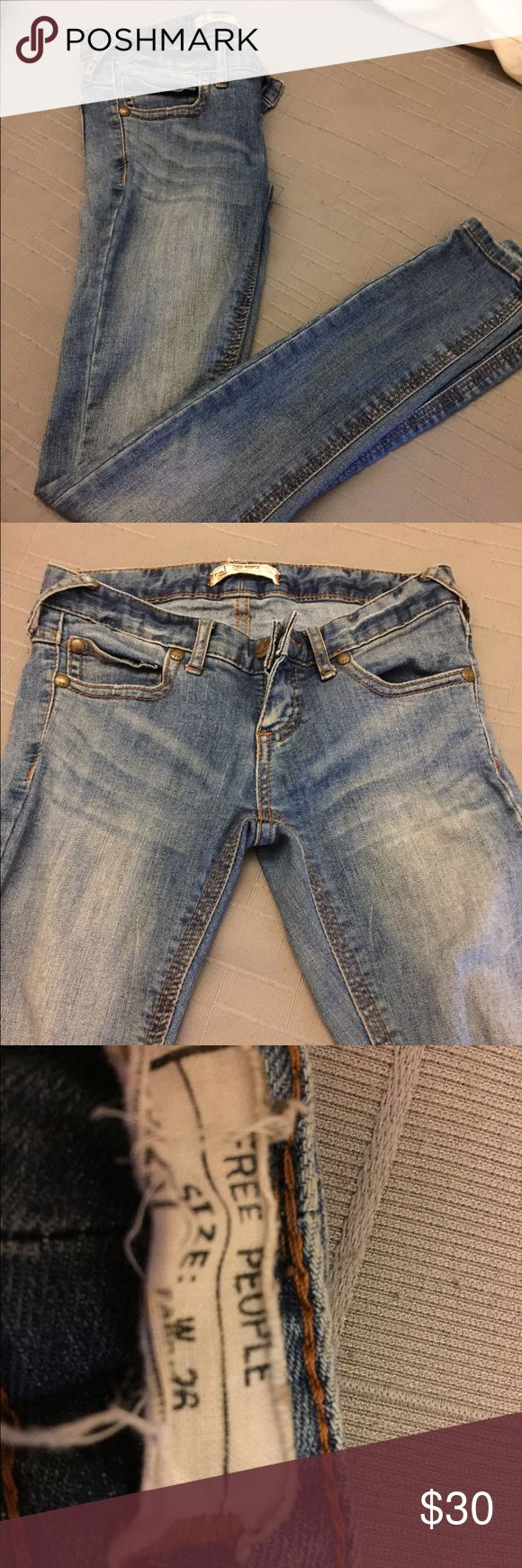 Free People Jeans!! Size 26 free people jeans. Very comfortable and super cute skinny jeans! Free People Pants Skinny