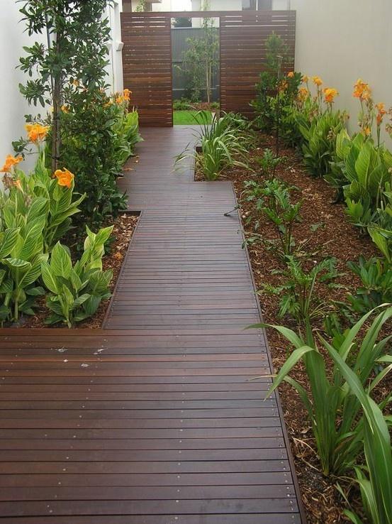Mejores 444 im genes de side yard landscaping idea en for Paisajismo patios