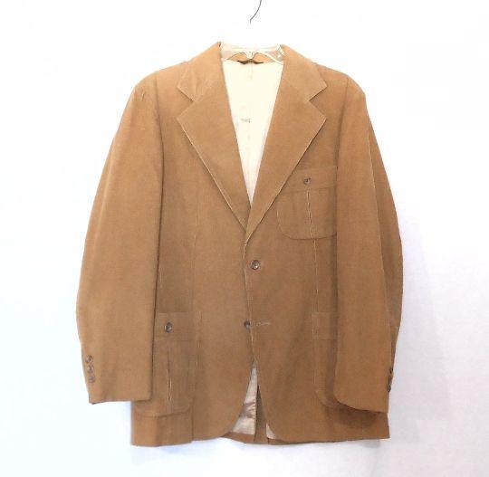 Men's Vintage 1970's Brown Elbow Patch Jacket  #men's jacket #elbow patch jacket #1970's #vintage #70's blazer #brown blazer # Corduroy Jacket # menswear #men's outerwear #Men's blazer #70's fashion #70's style #gift for him #for sale