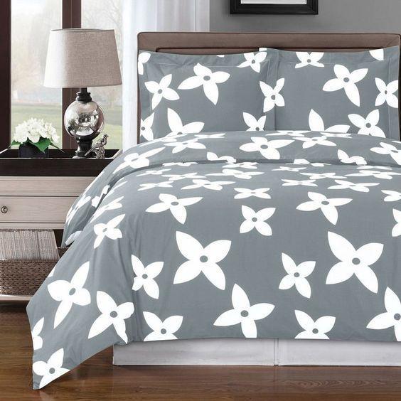 One Direction Bedrooms For Girls Grey Striped Wallpaper Bedroom Bedroom Ideas Creative Unique Bedroom Decorating Ideas: 17 Best Ideas About Grey Teen Bedrooms On Pinterest