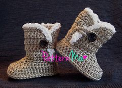 Snuggle Baby Boots  by Rebecca PatternMa $5.00 - I wish baby B would keep her shoes on