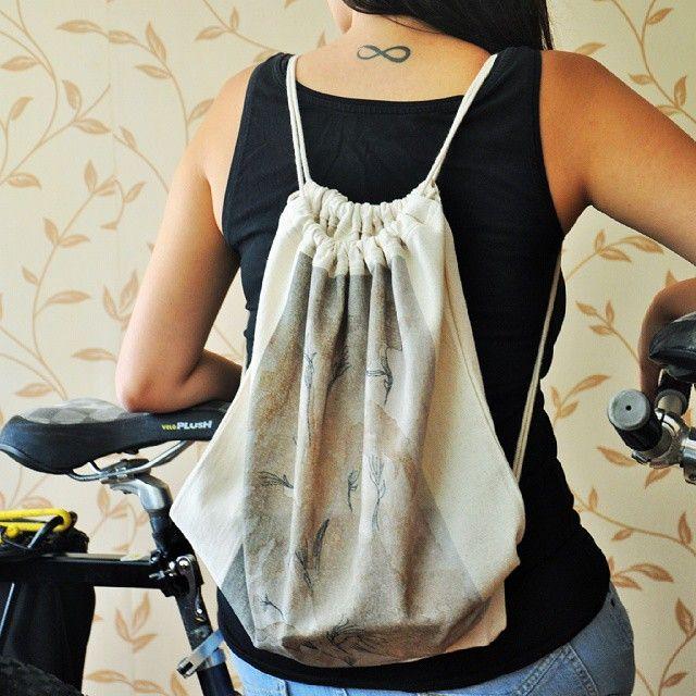 Hava nefis, günlerden pazar. Sırt çantamızı bisikletimizi kapıp yollara düşelim mi? #anatoliangirls #backpack #baskılı #sırtçantası #natural #zetsocial #casual #outdoor #lover #blogger #bloggerlife #instagood #instapic #fashion #bicycle #iyi #pazarlar