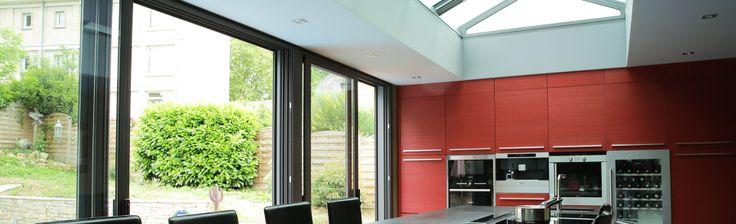extanxia, véranda concept alu, vue intérieur cuisine avec puits de lumière