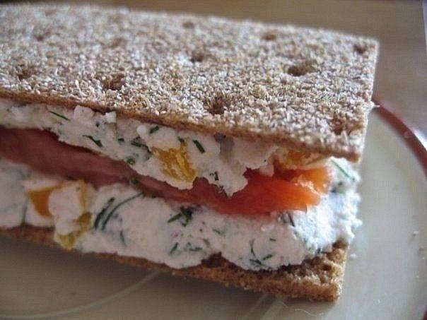 Узнайте, как приготовить вкусный и полезный бутерброд!