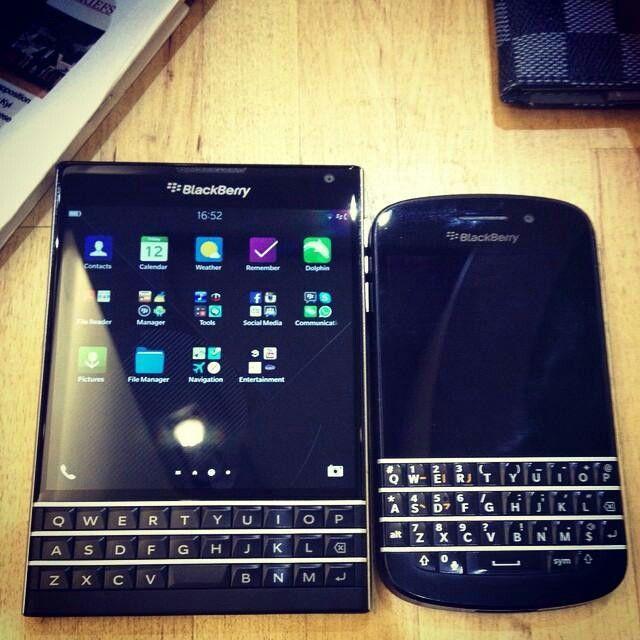 BlackBerry Passport & Q10