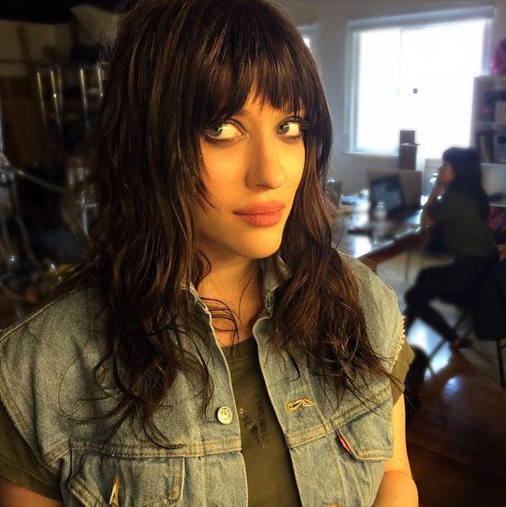 Kat Dennings' New '90s Haircut Will Make You Want Bangs