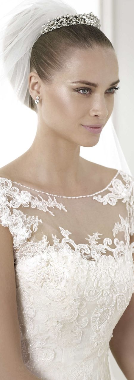12 best Brautmode 2015 images on Pinterest | Short wedding gowns ...