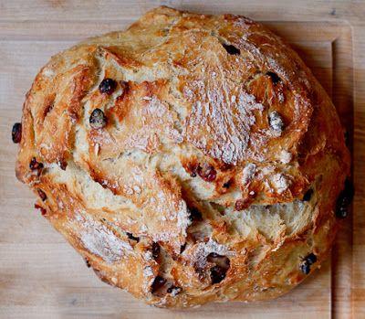 Easy Peasy Cranberry Orange Rustic Bread//Peanut Butter & Dill Pickles Blog