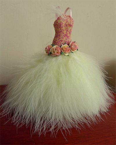 Lemon Fizz 1/12th scale Beautiful gown with pink and lemon beaded shaped bodice and flowing marabou skirt with a very FULL tulle underskirt. The waist is adorned with open paper roses. Such a dream gown comes on little hanger.