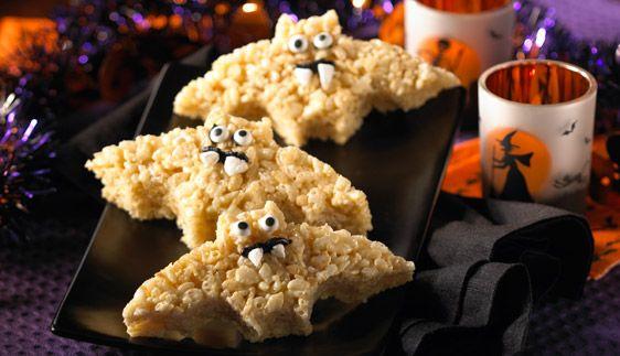 Halloween Bat Treats™--how fun! #Halloween #Spooktacular