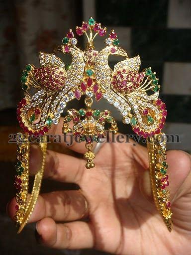 Jewellery Designs: Gemstones Heavy Vanki Gallery