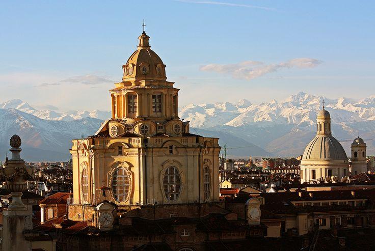 San Lorenzo, vista della torre del Palazzo Madama