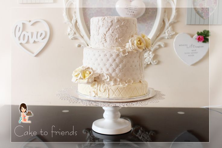 Yellow rose wedding cake