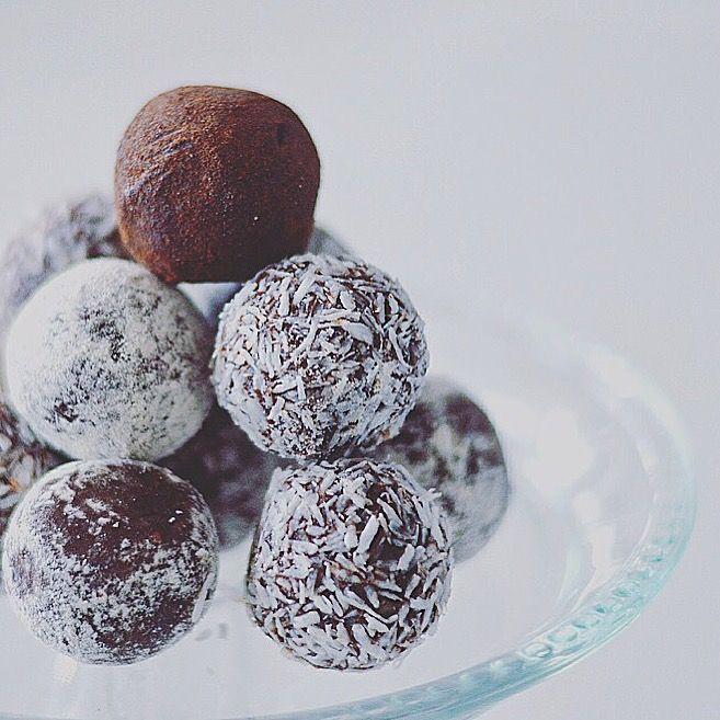 Yummy Mummy Foodie: RAW ENERGY BALLS