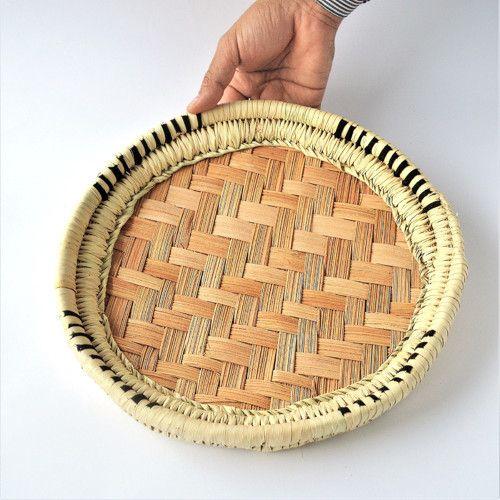 Kruhový palmový podnos
