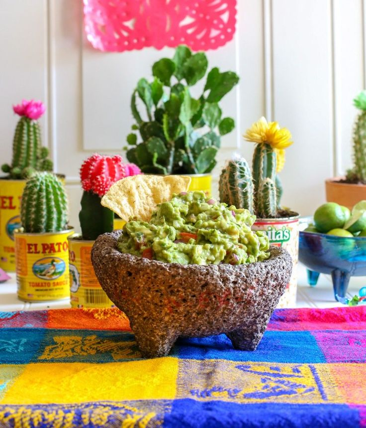 From California to Mexico, this is the best guacamole recipe we've found! It's quick and easy to make. Enjoy this authentic Mexican favorite. Bonus: Includes helpful tips on selecting the best avocados, and purchasing an authentic molcajete.
