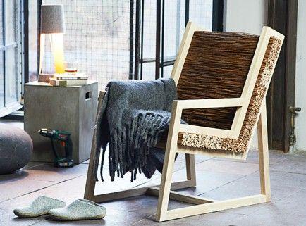 DIY-NaturPur-Stuhl | NaturPur-Stuhl | Jetzt wird relaxt. Liebhaber von Holz und Naturmaterialien finden im selbstgebauten Naturstuhl ihre wohlverdiente Entspannung. Und wenn Sie Holz aus ökologischer Forstwirtschaft verwenden, entspannen Sie im wahrsten Sinne des Wortes nachhaltig. Mit seinem ausgefallenen Design verleiht dieser Naturstuhl Ihren Räumen das gewisse Flair und passt in jede Fernseh- oder Leseecke. Doch aufgepasst: Zuerst muss er gebaut werden – und das erfordert handwerkliches…