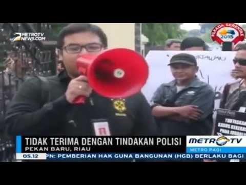 Berita Terbaru 8 Desember 2015   Unjuk Rasa Wartawan, Protes Penganiayaa...