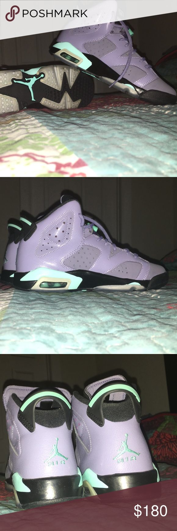 Women's Jordan's Retro 6 Gray with mint green. Worn only once, so it is brand new! Jordan Shoes Sneakers