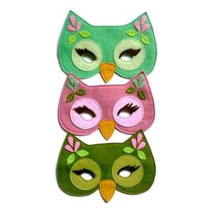 felt masks. . . I really want to go to a masquerade some day! Maybe my sweet 16 could be masquerade? Hint hint ;)