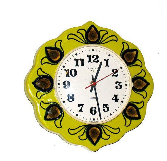 Vintage-Retro Uhr aus den 70er Jahren Wanduhr Quartz