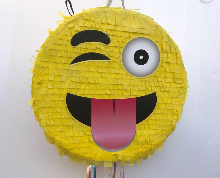 EMOJI PINATA PARTY, Emoticon party, whatssap emoji party, Pull String Piñata de TRUSTITI en Etsy https://www.etsy.com/es/listing/509361313/emoji-pinata-party-emoticon-party
