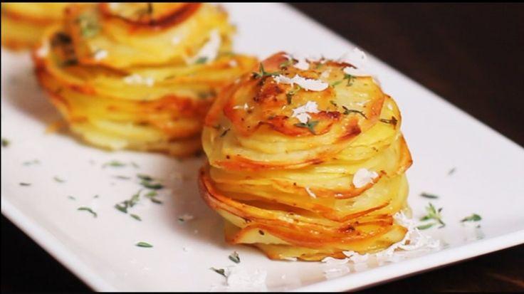 Karikára vágott krumplit tett a muffinsütőbe, és elkészített a világ legjobb köretét