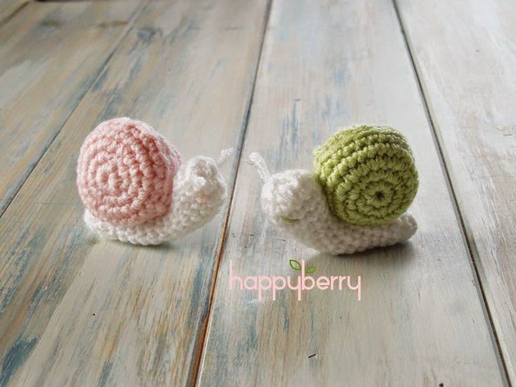 Happy Berry Crochet: Crochet Micro Miniature Snail Pattern. With video. another great scrap project