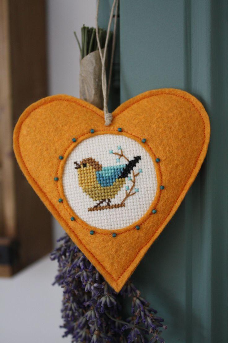 Narancssárga madárkás szív (serendipity22) - Meska.hu