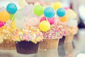 #aniversario #felicidades Sabe o que eu te desejo nesse seu aniversário? Tudo de bom! Sabe por que? Porque eu adoro você! Felicidades!!