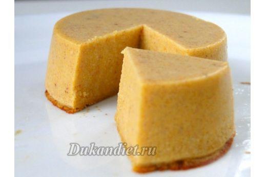 Это супердиетический тыквенный пирог-пай. Я хотела приготовить белковый десерт с тыквой без лишних калорий. Думаю, у меня это получилось :)  На 4-6 мини пирогов: 1/2 чашки тыквенного пюре, 1 яичный белок 1/2 стакана молока, 1/4 чашки ванильного сывороточного протеина, 1 ч. л. специй для тыквы (корица, молотый имбирь, мускатный орех, душистый перец), 1 ч. л. агар-агара.  Смешайте все вместе. Тесто получится жидким.  Выпекать при 230 гр. в течение 25 минут на водяной бане. Именно благодаря…