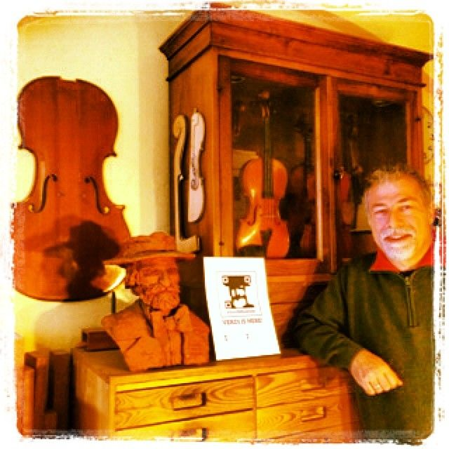 #foundVerdi a Cremona nella bottega liutaia di Robert Gasser - #foundVerdi in Cremona at Robert Gasser's violin workshop. Grazie @pieropoliti