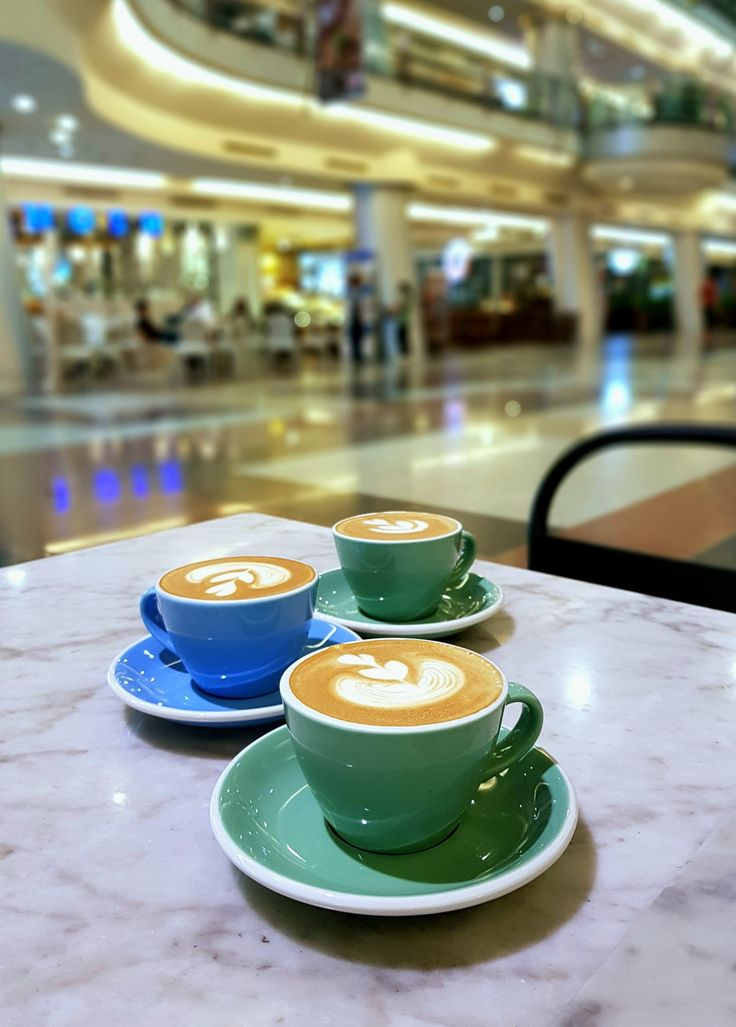 """""""Cappuccinos"""", Common Grounds, Jakarta"""