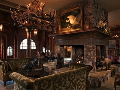 Hunting lodge decor i 39 d definitely tone it down a little for Hunting cabin bedroom