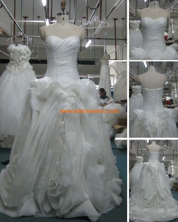 Robe de mariée avec bustier corset organza