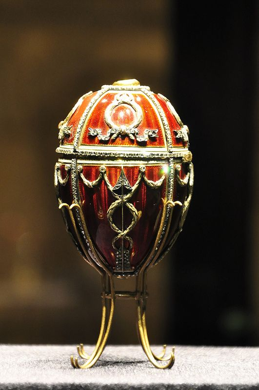 88 best faberge style eggs and gifts images on pinterest faberge the rosebud egg was presented by emporer nicholas ii to his wife empress alexandra feodorovna on easter negle Images