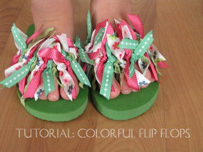 DIY Colorful Flip Flop with a easy to follow tutorial. These would make fun party favors or gifts. :)